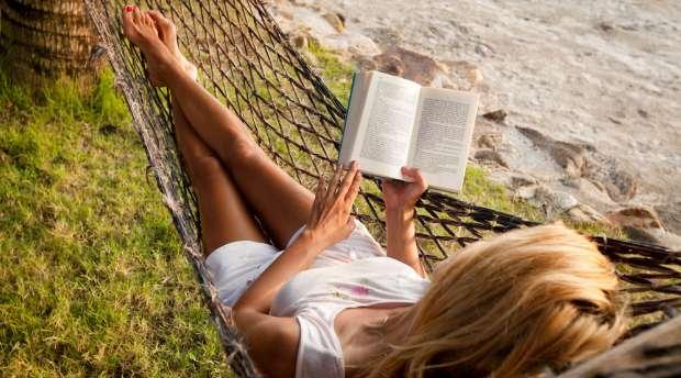 Læse i hængekøje